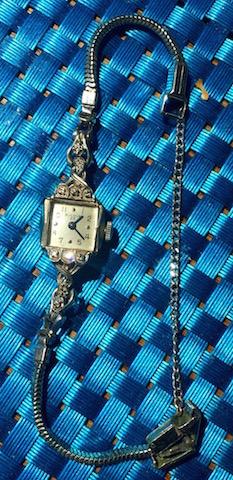 [La-Petite-09062016] Bulova watch