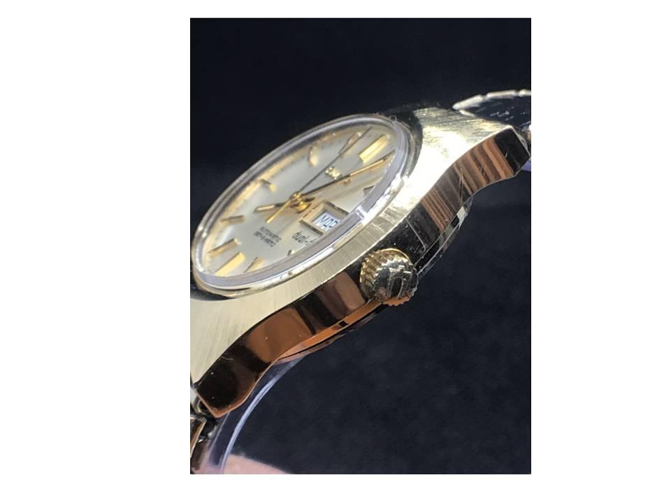 [Set-o-matic crown side_year-1977] Bulova watch