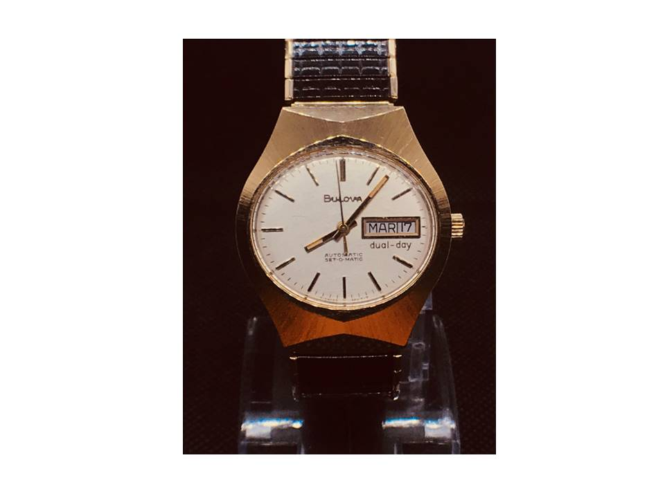 [Set-o-matic_year-1977 front view] Bulova watch