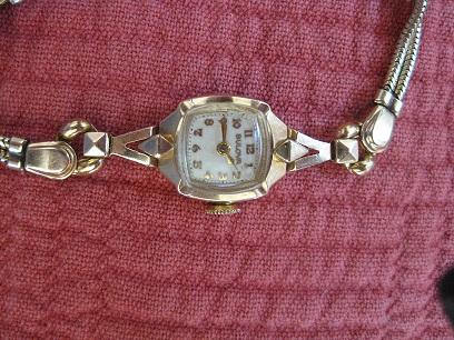 1950-Ladies-Bulova-09022012.jpg