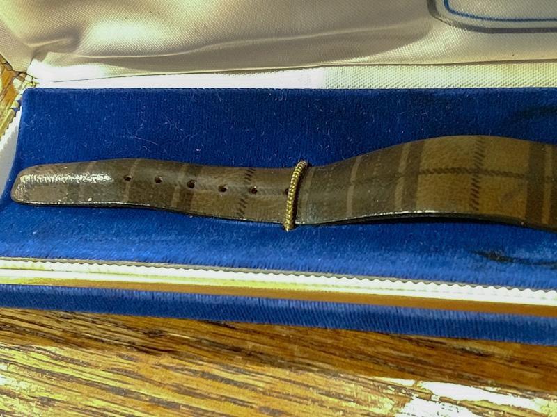 [12427-1Y-1972] Bulova watch strap